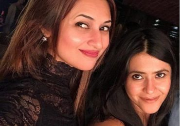 "Divyanka Tripathi talks about her bond with Ekta Kapoor, says ""Working with a lady boss is always amazing"""