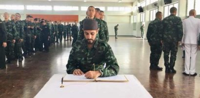 Singh's in Thailand paying respect and expressing loyalty to Her Majesty Queen Sirikit