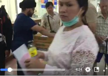 Free snacks & water distributions at Taksin Hospital
