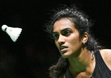 PV Sindhu wins gold at BWF World Championships: SRK, Kapil, Taapsee, Akshay and others send wishes